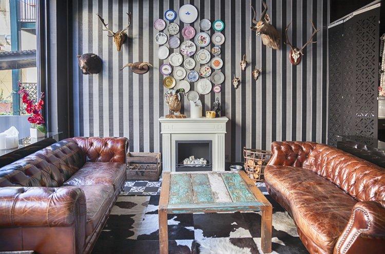 Behang in een eclectisch interieur